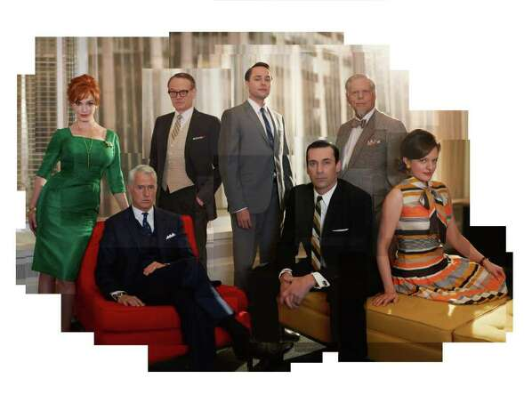 (L-R) Joan Harris (Christina Hendricks), Roger Sterling (John Slattery), Lane Pryce (Jared Harris), Pete Campbell (Vincent Kartheiser), Don Draper (Jon Hamm), Bertram Cooper (Robert Morse) and Peggy Olson (Elisabeth Moss) - Mad Men - Season 5 - Gallery - Photo Credit: Frank Ockenfels/AMC Photo: Frank Ockenfels/AMC