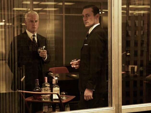 Roger Sterling (John Slattery) and Don Draper (Jon Hamm) - Mad Men - Season 5 - Gallery - Photo Credit: Frank Ockenfels/AMC Photo: Frank Ockenfels/AMC / Copyright: AMC 2012