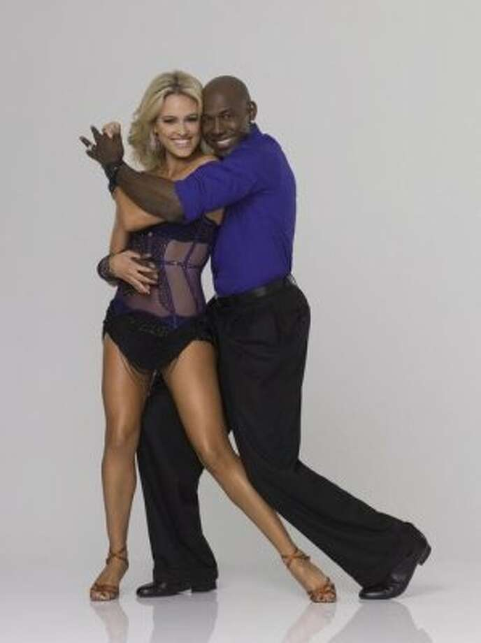 "DANCING WITH THE STARS - DONALD DRIVER & PETA MURGATROYD - Super Bowl champion Donald Driver joins Peta Murgatroyd, who returns for her second season as a professional partner. The two-hour season premiere of ""Dancing with the Stars"" airs MONDAY, MARCH 19 (8:00-10:01 p.m., ET) on the ABC Television Network. (ABC/BOB D'AMICO) (ABC)"