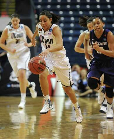 UConn's Bria Hartley races the ball upcourt during their victory over Kansas State in the second round of the NCAA women's basketball tournament at the Webster Bank Arena in Bridgeport on Monday, March 19, 2012. Photo: Brian A. Pounds / Connecticut Post