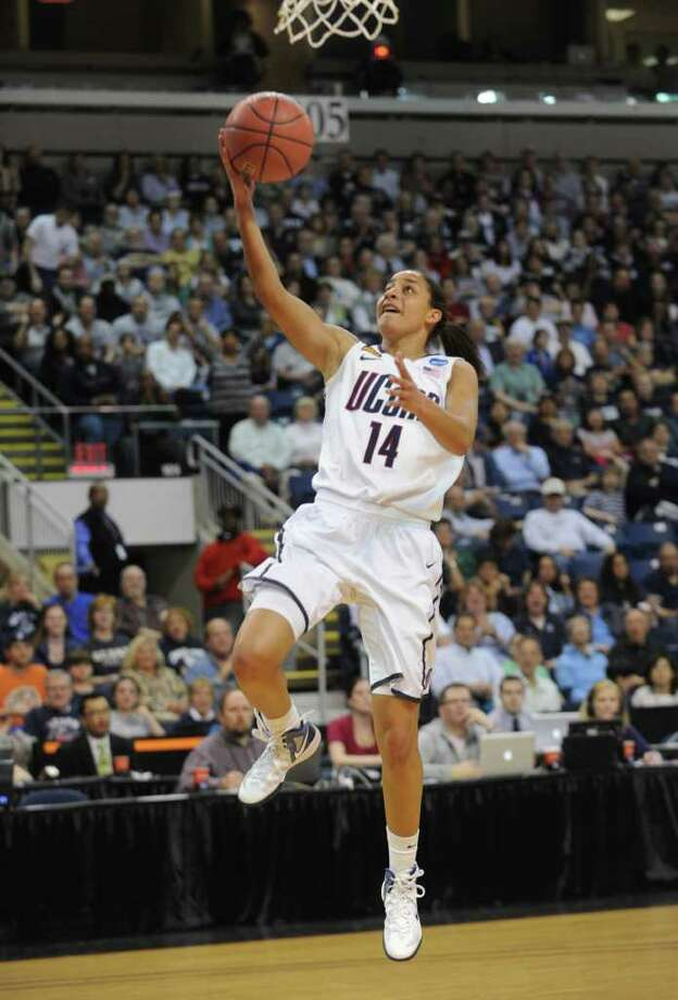 UConn's Bria Hartley. UConn vs. Kansas State in the second round of the NCAA women's basketball tournament at the Webster Bank Arena in Bridgeport on Monday, March 19, 2012. Photo: Brian A. Pounds / Connecticut Post