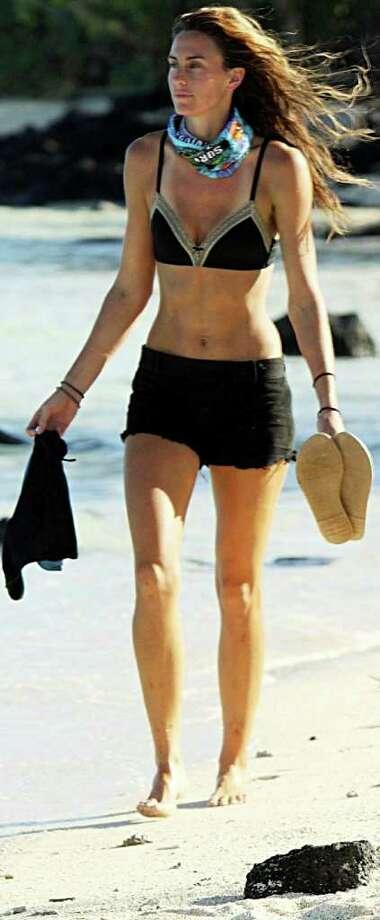 """Kim Spradlin competes on """"Survivor: One World."""" Photo: CBS"""
