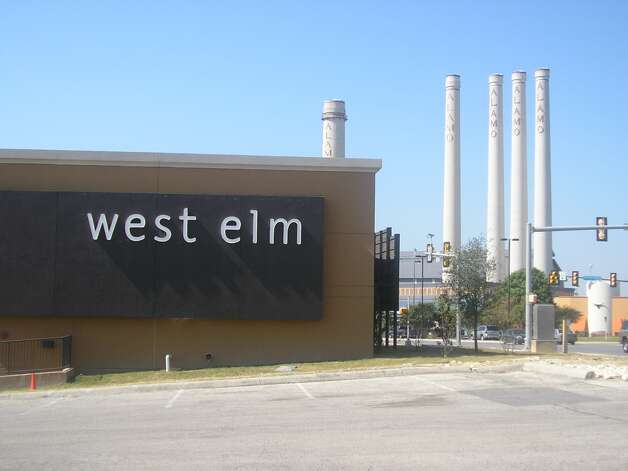 The former west elm store in the Quarry Villiage will be the new home of Trader Joe's. Photo: Express-News File Photo