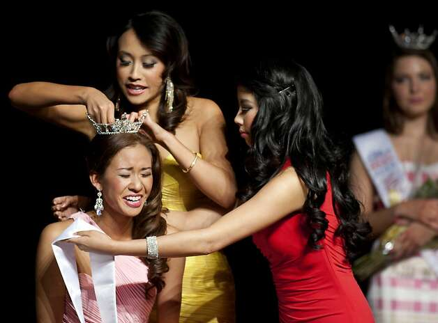 An emotional Vivian Wei is crowned Miss San Francisco on Sunday. Beauty Pageant contestants from across the Bay Area met at the Ruth Asawa School of the Arts, Dan Kryston Memorial Theater on Sunday for the annual Miss San Francisco preliminary competition for Miss California. Photo: Kevin Johnson, The Chronicle