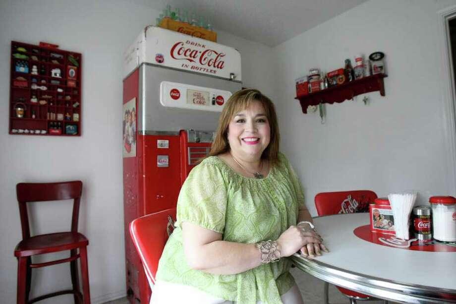TASTE:   Christine Lopez's kitchen, photographed Friday March 16, 2012.  Helen L. Montoya/San Antonio Express-NEWS Photo: HELEN L. MONTOYA, San Antonio Express-News / ©2012 San Antonio Express-News