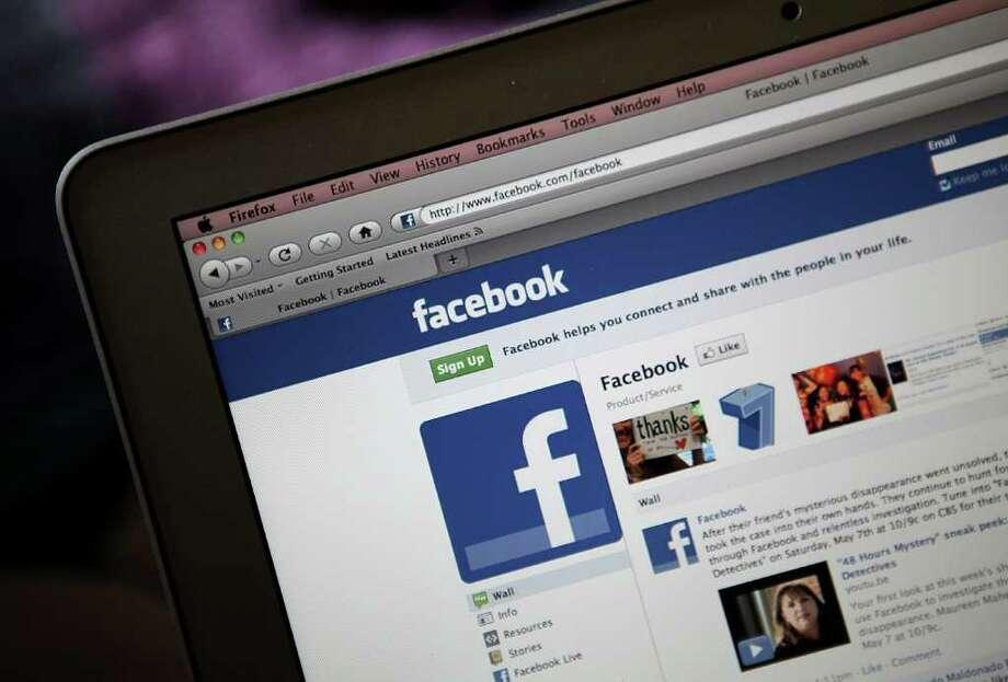 Todo sobre ti: los proveedores de becas buscan en Facebook detalles de tu comportamiento. Photo: Justin Sullivan / 2011 Getty Images