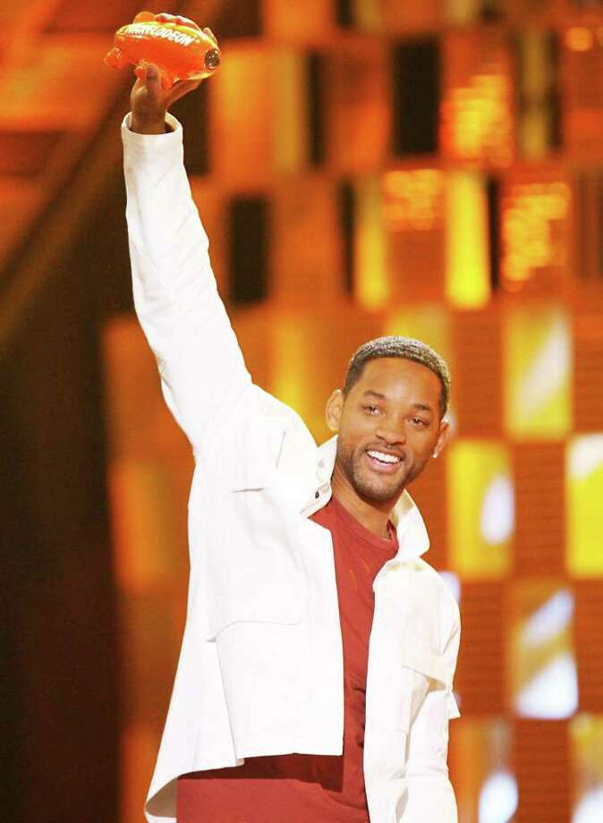 Will Smith will host Nickelodeonís 25th Annual Kidsí Choice Awards, airing live on Saturday, March 31, at 8:00 p.m. from the Galen Center at USC in Los Angeles, California.  Smith, a ten-time Blimp Award winner, will be joined by Hollywoodís biggest stars in an unforgettable, special anniversary slimefest where kids rule.  Photo credit:Kevin Winter/Getty ImagesViacom International, Inc. All Rights Reserved Photo: Kevin Winter / 2006 Getty Images