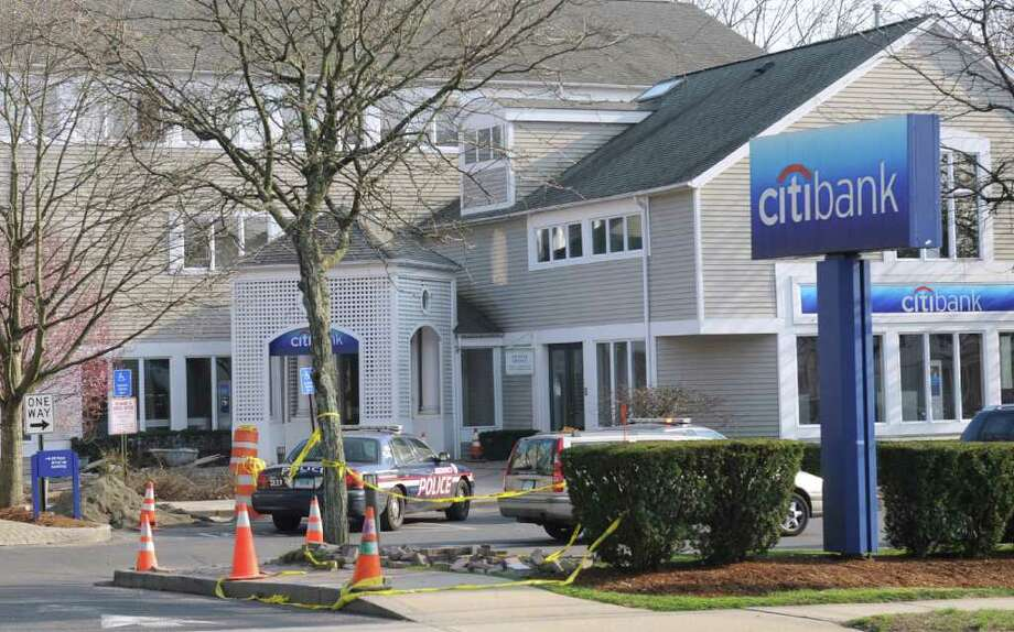 A Citibank branch at 453 E. Putnam Ave. in Cos Cob was robbed Thursday afternoon, March 22, 2012. One male suspect fled the scene, according to police. Photo: Bob Luckey / Greenwich Time