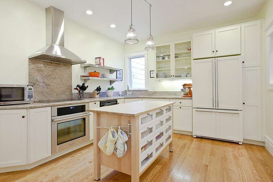 407 Bosworth St. Photo: Open Homes Photography