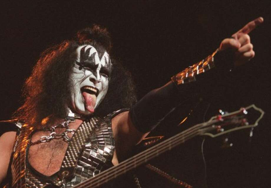 Usually trolls are found under a bridge, not demons of rock music. KISS decided to 'rock'n' roll all night under the Brooklyn Bridge.