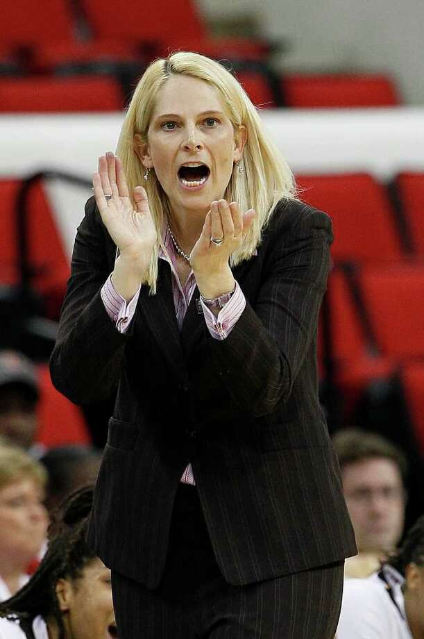 Maryland coach Brenda Frese reacts during the second half of an NCAA college women's tournament regional semifinal basketball game against Texas A&M in Raleigh, N.C., Sunday, March 25, 2012. Maryland won 81-74. (AP Photo/Gerry Broome) Photo: Gerry Broome, Associated Press / AP