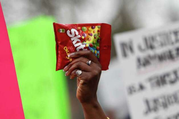 Hundreds protest the shooting death of unarmed Florida teenager Trayvon Martin. Photo: JOE DYER / SEATTLEPI.COM