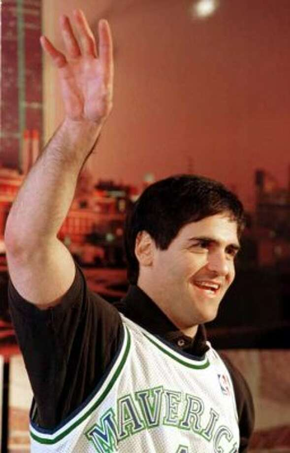 Internet titan Mark Cuban talks at a news conference Thursday, Jan. 20, 2000 in Dallas. Departing Dallas Mavericks owner Ross Perot Jr. formally handed the keys to the franchise over to Internet titan Mark Cuban at the news conference Thursday.   (AP Photo/Donna McWilliam) (DONNA MCWILLIAM / Associated Press)