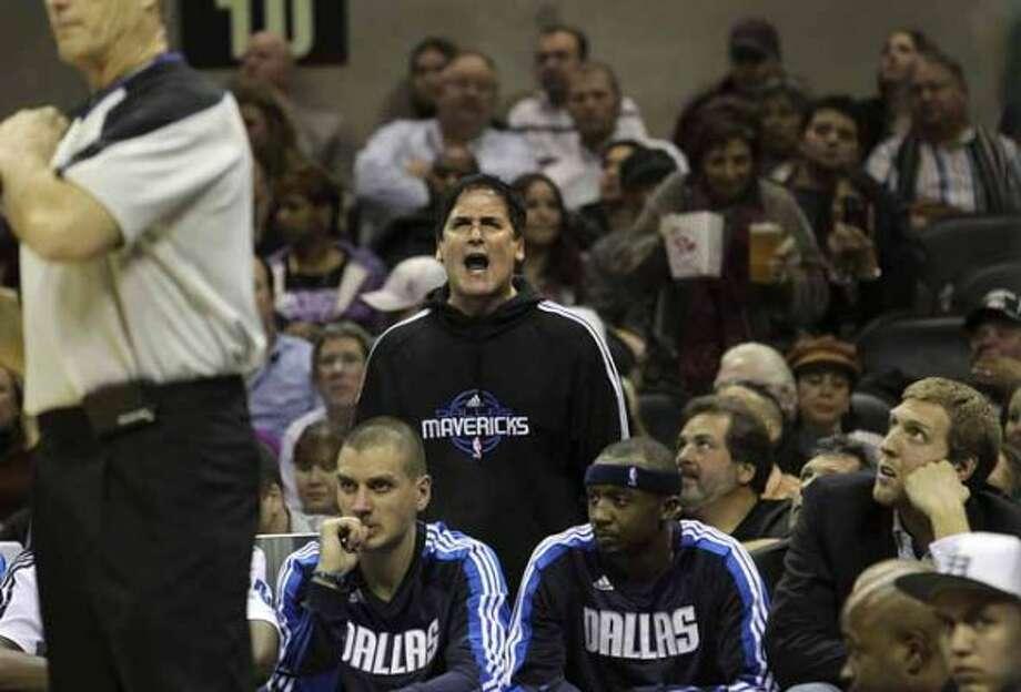 Dallas Mavericks owner Mark Cuban yells at a game official in the second half at the AT&T Center on Friday, Jan. 14, 2011. Spurs defeated the Mavericks, 101-89. Kin Man Hui/kmhui@express-news.net (KIN MAN HUI / SAN ANTONIO EXPRESS-NEWS)