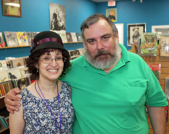 "Don Hurd will host ""Dali's Moustache"" Friday at Imagine Books & Records. File photo Photo: J. Michael Short, FOR THE EXPRESS-NEWS / THE SAN ANTONIO EXPRESS-NEWS"