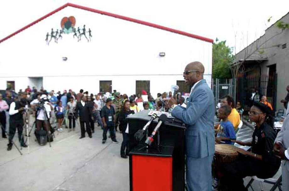 Deric Muhammad speaks during a solidarity rally for Trayvon Martin at the Shape Community Center Monday, March 26, 2012, in Houston. ( James Nielsen / Chronicle ) Photo: James Nielsen, Houston Chronicle / © 2012 Houston Chronicle