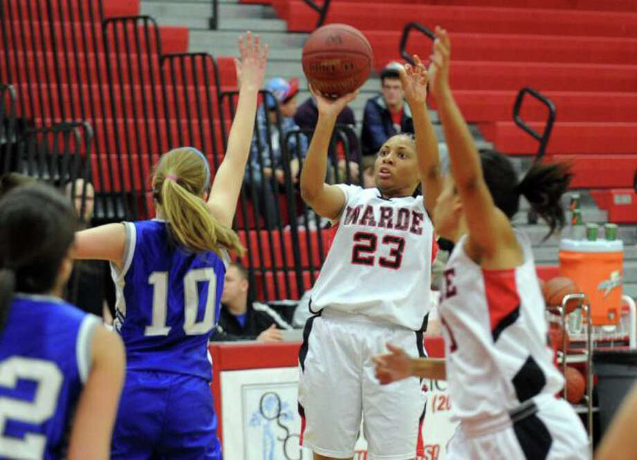 Fairfield Warde's Jamera Fountain hoists a shot during the Mustangs' Jan. 24 game against Ludlowe. Fountain was a key scorer for the Mustangs, helping them to a 12-8 record Photo: File Photo