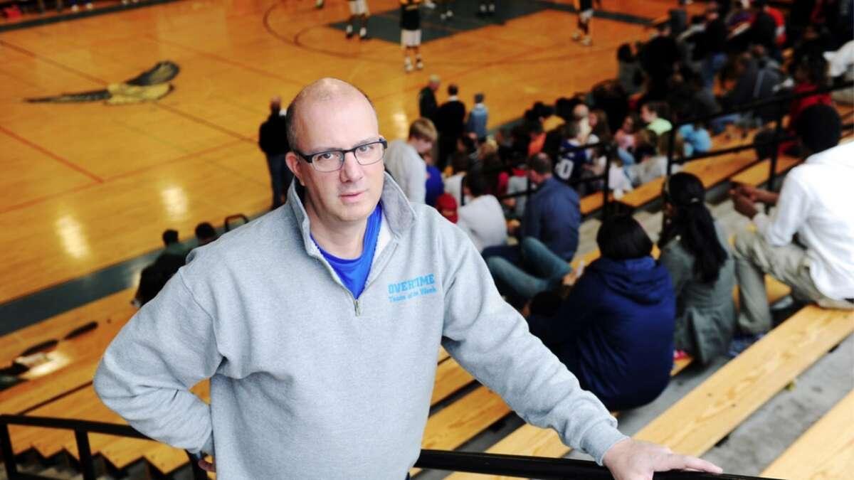 Advocate sportswriter Dave Ruden.