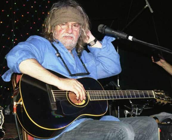 Singer-songwriter Ray Wylie Hubbard at Sam's Burger Joint in 2010. Photo: Jim Beal Jr., San Antonio Express-News