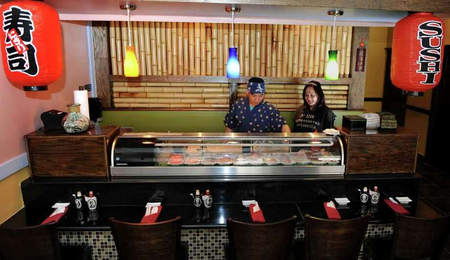 Stratford center gets a new taste of asia greenwichtime for Am asian cuisine