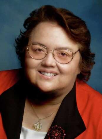 Dr. Belinda Bustos Flores