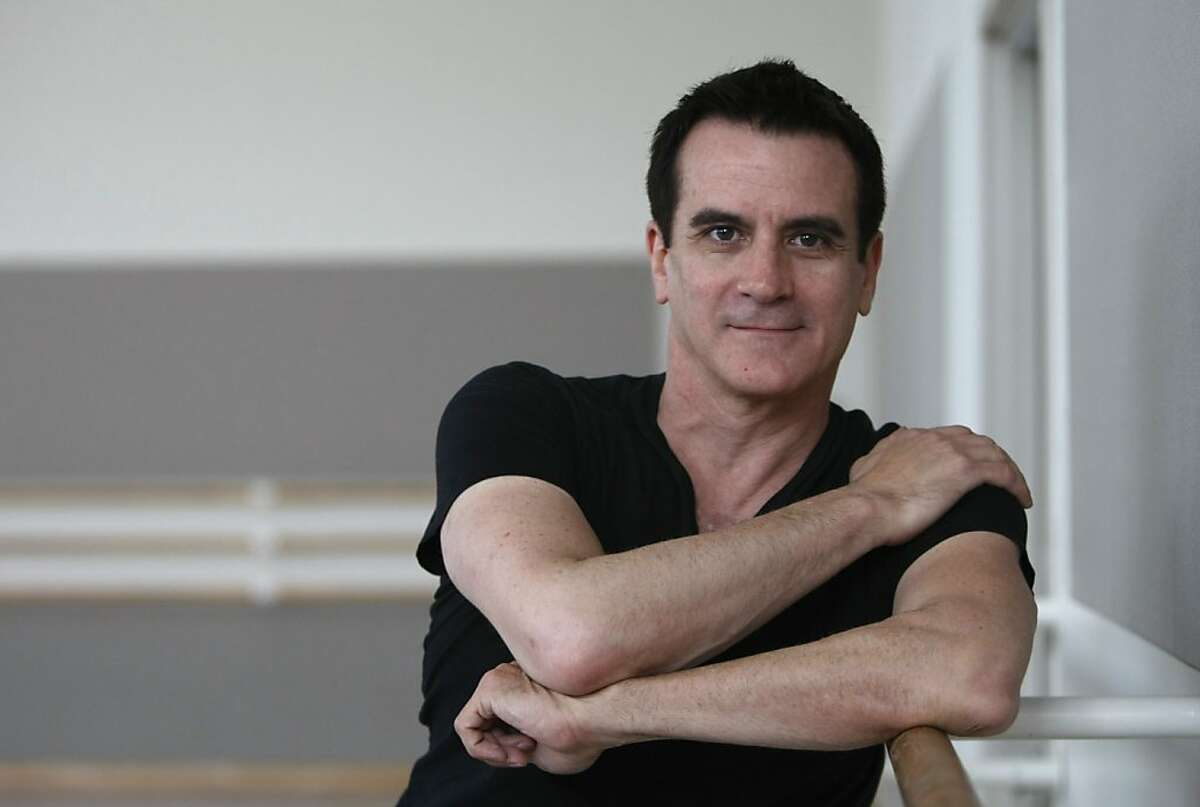 Choreographer Val Caniparoli (cq) with the San Francisco Ballet. Photographed in San Francisco on 11/7/07. Deanne Fitzmaurice / The Chronicle