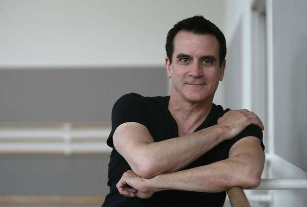 Choreographer Val Caniparoli (cq) with the San Francisco Ballet. Photographed in San Francisco on 11/7/07. Deanne Fitzmaurice / The Chronicle Photo: Deanne Fitzmaurice, SFC