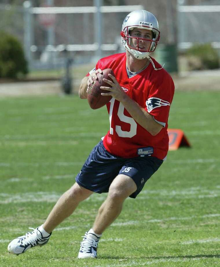 New England Patriots quarterback Kliff Kingsbury during rookie minicamp, Friday, May 2, 2003, in Foxboro, Mass. Kingsbury, drafted in the sixth round of this year's NFL draft out of Texas Tech, threw 45 scoring passes last year for Texas Tech, and hopes to stick with New England. Photo: JIM ROGASH, AP / AP
