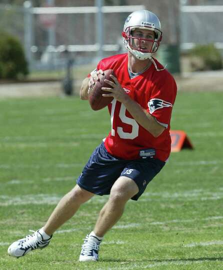 New England Patriots quarterback Kliff Kingsbury during rookie minicamp, Friday, May 2, 2003, in Fox