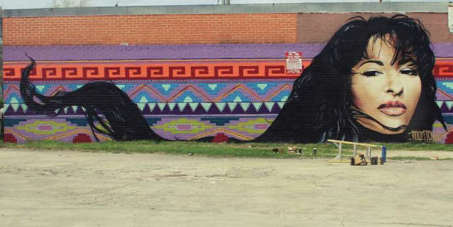 Christopher Montoya's mural of Selena adorns the wall of a shopping center on South Flores Street. Photo: Courtesy Christopher Montoya
