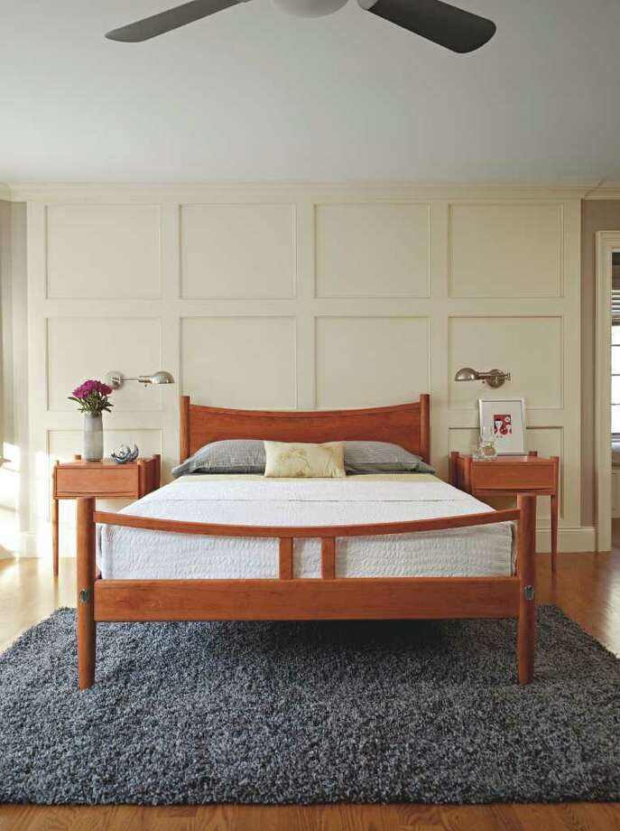 Thos. Moser Ellipse Bedroom set. Photo: Thos. Moser / Thos. Moser