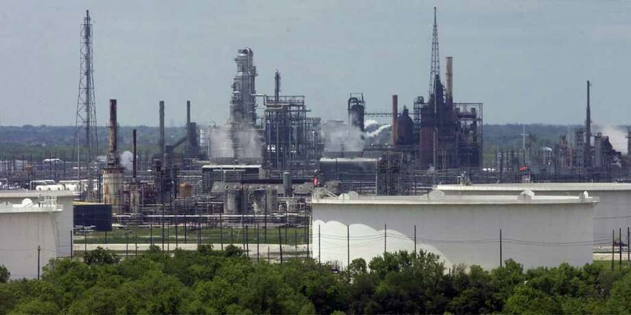 Valero has a refinery in Port Arthur. Gulf Coast refineries have had better access to domestic oil than ones on the East and West coasts. Photo: File / Beaumont