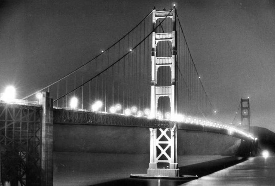 Feb. 20, 1986: Testing new lighting on the Golden Gate Bridge. Being a huge geek, this photo looks to me like a procession of elves are on the bridge.  (Steve Ringman / The Chronicle)