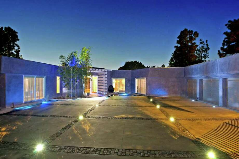 Fashion entrepreneur Tonny Sorensen has listed his remodeled house in Beverly Hills at $6.9 million. Photo: MBR, MCT / Los Angeles Times