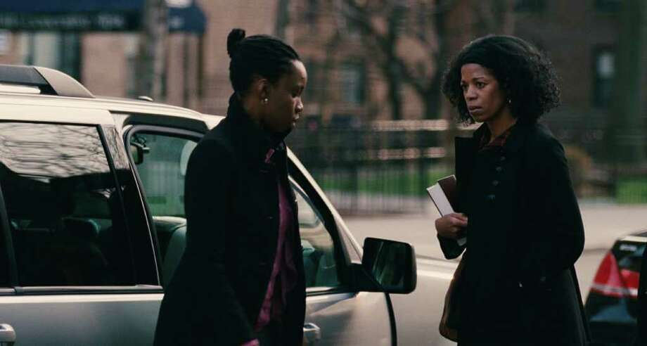 """Adepero Oduye (left) stars as """"Alike"""" and Kim Wayans (right) stars as """"Audrey"""" in Focus Features release, PARIAH, directed by Dee Rees. Photo: A'A©2011 Focus Features"""