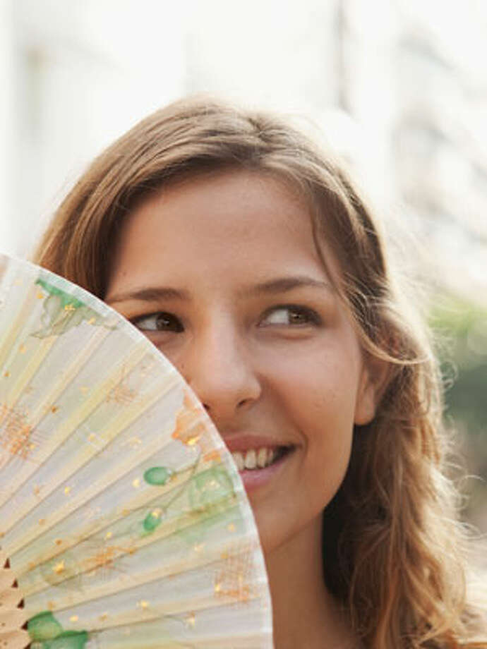 Keeping Cool Without ACSummer is here, and that means heat! While 84% of U.S. homes use air conditioners, we can all save money by using them less; after all, the typical U.S. home spends 17% of its annual energy bill on cooling - about $375.We can all save energy, too, which on the hottest summer days can have an immediate payoff: avoiding an electricity blackout caused by an overloaded power grid, and by lessening the load of air pollution emitted by our power plants. The Daily Green has tried to find the best ways to stay cool without using the air conditioner. (Incidentally, these tips are also useful when the electricity does go out, leaving you without the use of your air conditioner.)We start with the easiest, cheapest tips you can do right now to cool off - and then recommend some home improvements that can help keep your home cooler in the years to come, and tack on some tips for those of us with air conditioners we'd like to pay less to run or replace. And remember - even if you have and use an air conditioner, these tips can help you reduce your need for it, saving both energy and money. Markus Bernhard / Getty Images
