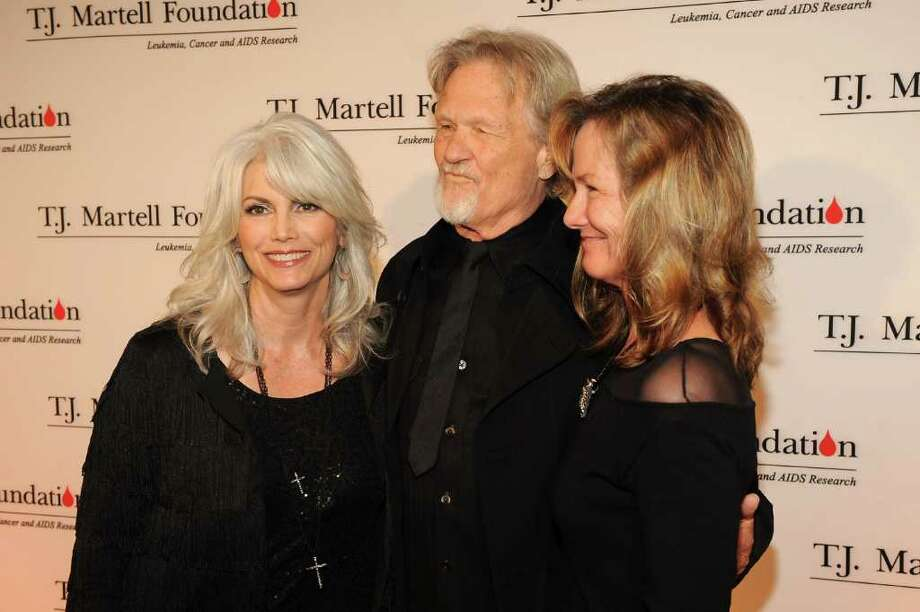 NASHVILLE, TN - MARCH 26: Singer Emmylou Harris, Kris Kristofferson and Lisa Kristofferson attend TJ Martell Honors Gala - Arrivals at Hutton Hotel on March 26, 2012 in Nashville, Tennessee.  (Photo by Rick Diamond/Getty Images for TJ Martell Foundation) Photo: Rick Diamond, Staff / 2012 Getty Images