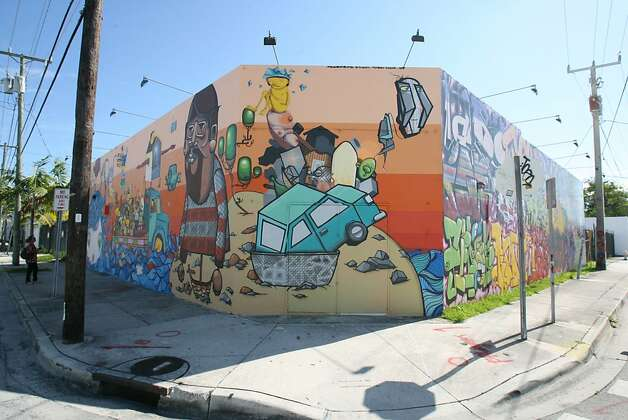 Street art in the Wynwood neighborhood of Miami. Photo: Hector Gabino, El Nuevo Herald