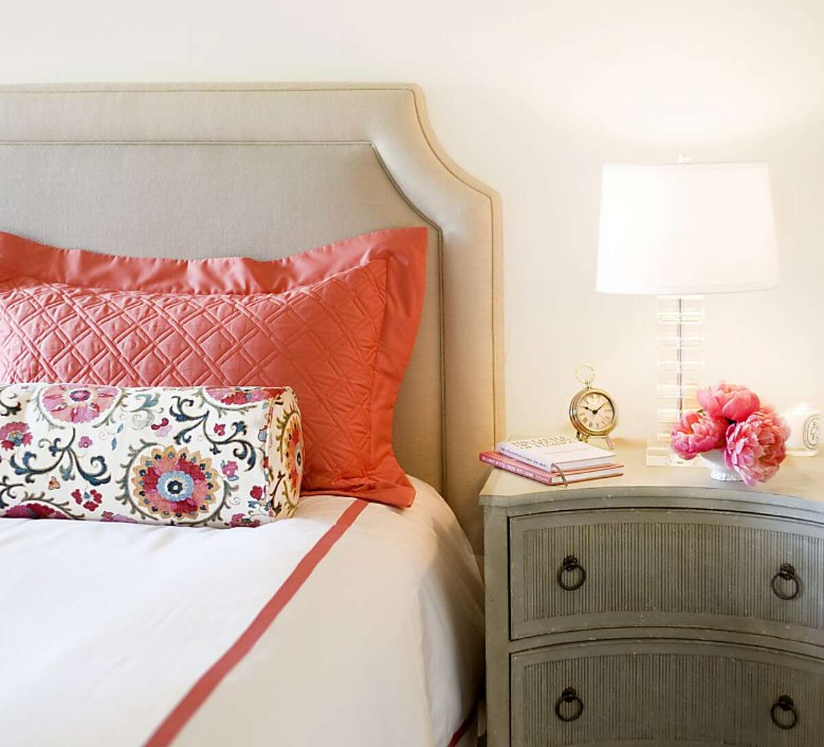 Matouk linens: There is nothing quite as luxurious as crisp cotton bedding. I am a big fan of Matouk s Lowell line. The style is a nod to classic hotel bedding but a rainbow of ribbon trim options adds a fun twist. (www.matouk.com)