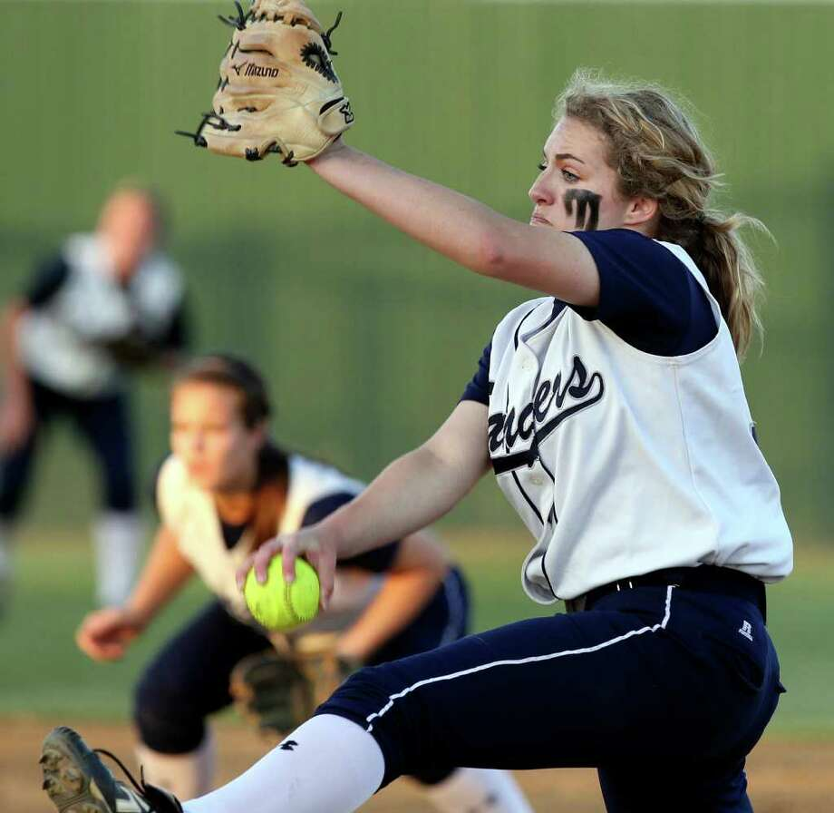 Ranger pitcher Regan Mergele winds into a throw as Canyon host Smithson Valley in softball on March 30, 2012.  Tom Reel/ San Antonio Express-News Photo: TOM REEL, Express-News / San Antonio Express-News