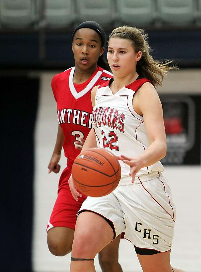 Carondelet's Hannah Huffman is The Chronicle's girls player of the year for 2011-12. Photo: Dennis Lee, MaxPreps.com