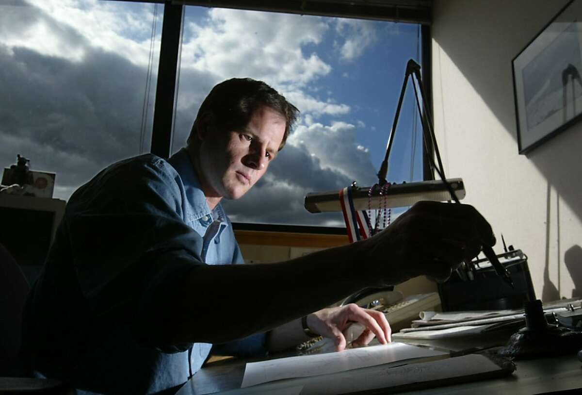 Sacramento Bee editorial cartoonist Rex Babin, seen here in this April 2003 file photo, whose piercing pen skewered presidents, governors and self-important legislators, died Friday at his home after a long battle with cancer. He was 49. (Sacramento Bee/MCT)