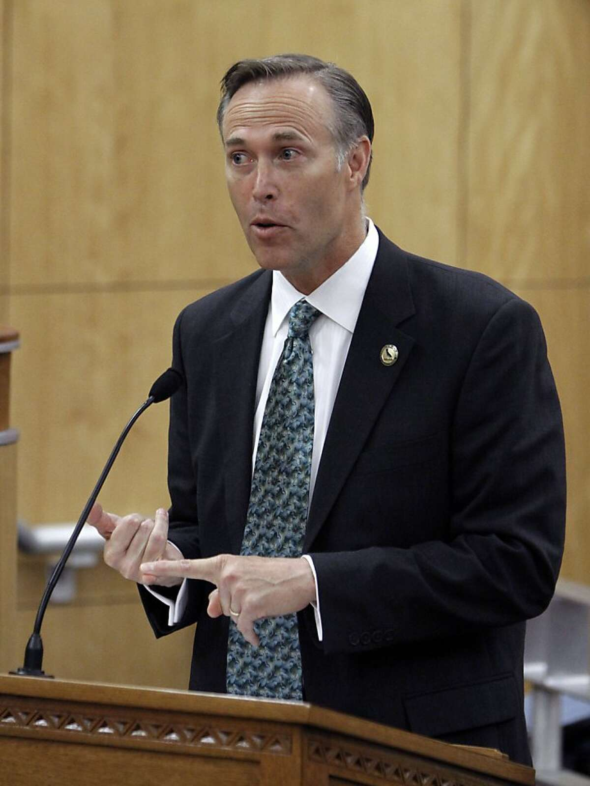 Assemblyman Jared Huffman, D-San Rafael, lists some of the reasons for his measure to impose a two-year moratorium on the use of metal bats in high school baseball during a hearing at the Capitol in Sacramento, Calif., Wednesday, May 5, 2010. The bill, introduced after a 16-year-old pitcher for Marin Catholic High School was struck in the head by a line drive hit off an aluminum bat, was approved by the Senate Education Committee 5-1.(AP Photo/Rich Pedroncelli)