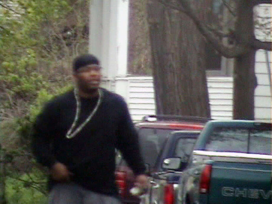 Myles ?Busy? Jackson arrives for a Bloods meeting at 558 North Pearl Street in the City of Albany April 18, 2010. (State Attorney General's Office)