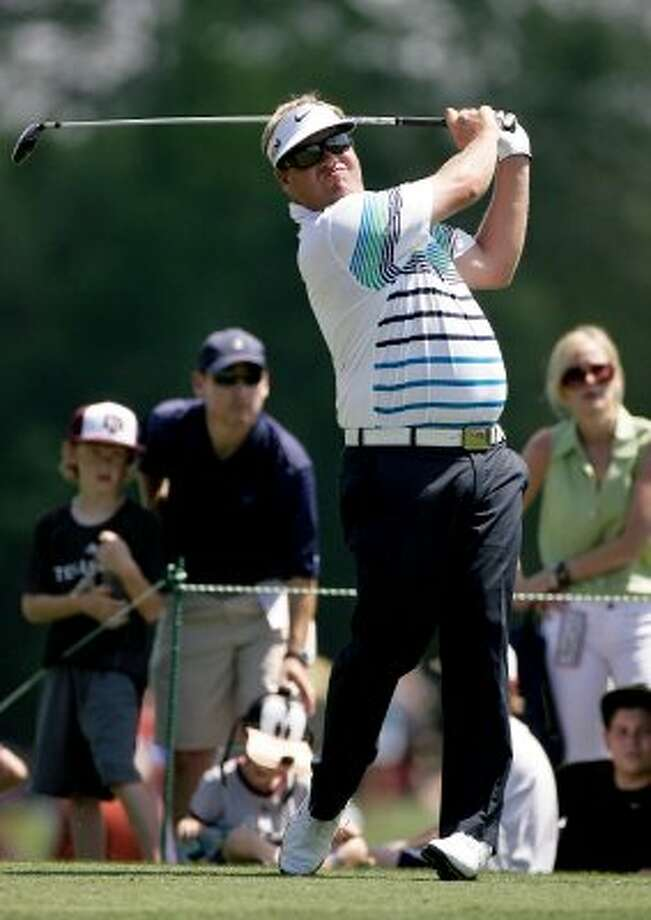 Carl Pettersson tees off at the third hole during the final round. (Nick de la Torre / Chronicle)