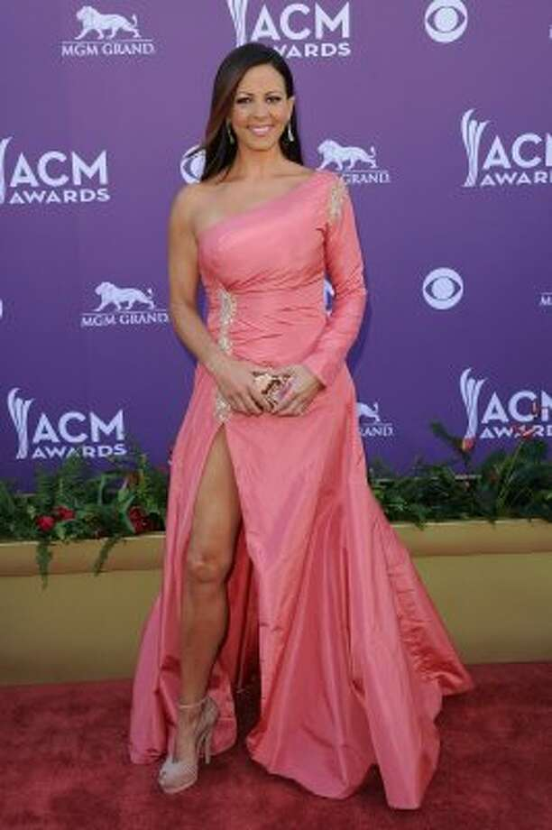 LAS VEGAS, NV - APRIL 01:  Singer Sara Evans arrives at the 47th Annual Academy Of Country Music Awards held at the MGM Grand Garden Arena on April 1, 2012 in Las Vegas, Nevada.  (Photo by Jason Merritt/Getty Images) (Jason Merritt / Getty Images)
