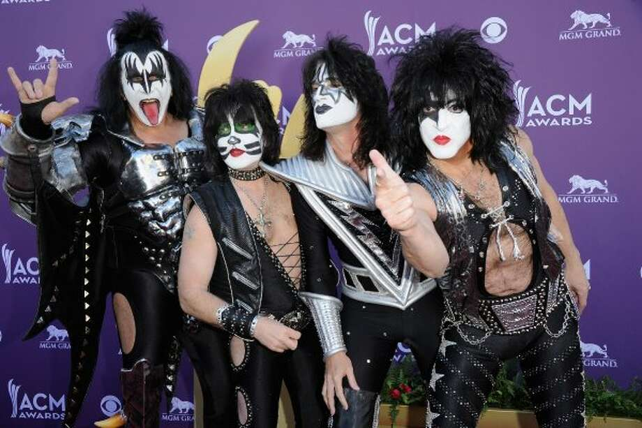 LAS VEGAS, NV - APRIL 01:  (L-R) Musicians Gene Simmons, Eric Singer, Tommy Thayer and Paul Stanley of the rock band Kiss arrive at the 47th Annual Academy Of Country Music Awards held at the MGM Grand Garden Arena on April 1, 2012 in Las Vegas, Nevada.  (Photo by Jason Merritt/Getty Images) (Jason Merritt / Getty Images)