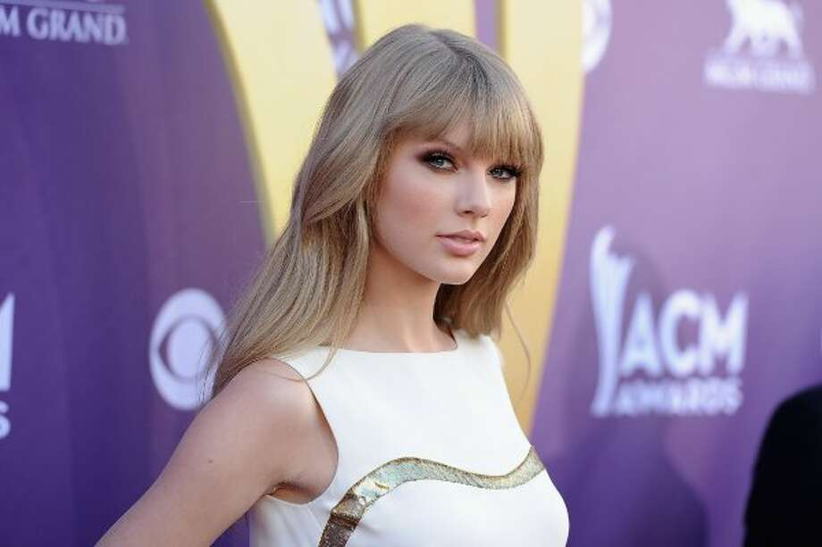 LAS VEGAS, NV - APRIL 01:  Musician Taylor Swift arrives at the 47th Annual Academy Of Country Music Awards held at the MGM Grand Garden Arena on April 1, 2012 in Las Vegas, Nevada.  (Photo by Jason Merritt/Getty Images) (Jason Merritt / Getty Images)