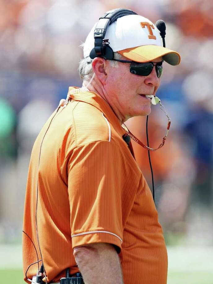 Coach Mack Brown hopes to take a UT team that has gone 13-12 during the past two seasons and make the leap back into the realm of BCS title games and Big 12 championship races. Photo: EDWARD A. ORNELAS, San Antonio Express-News / © SAN ANTONIO EXPRESS-NEWS (NFS)