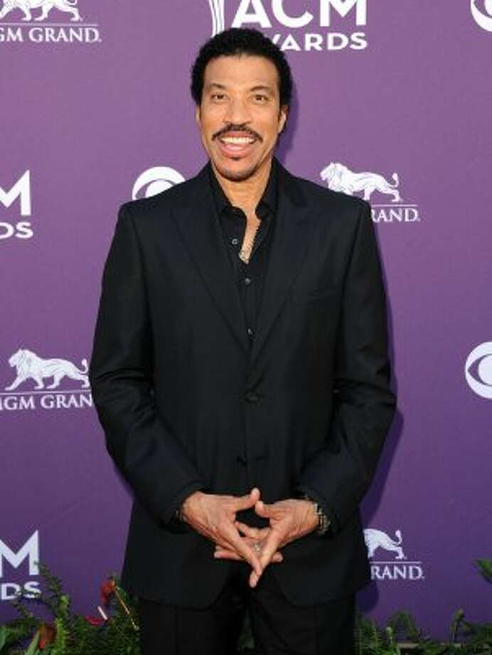 LAS VEGAS, NV - APRIL 01:  Singer Lionel Richie arrives at the 47th Annual Academy Of Country Music Awards held at the MGM Grand Garden Arena on April 1, 2012 in Las Vegas, Nevada.  (Photo by Jason Merritt/Getty Images) (Jason Merritt / Getty Images)